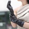Как выбрать стильные кожаные перчатки