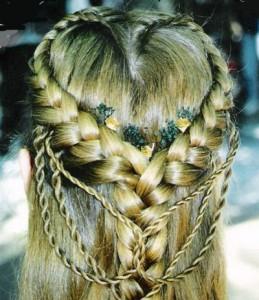 стильная красивая косичка 2013 фото
