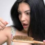 В статье описан способ борьбы с выпадением волос. Этого рецепта вы не найдете нигде. Все очень просто, эффективно и проверенно на себе. Этим секретом со мной поделилась подруга, которая работает в одном из престижных салонов красоты нашего города. К сожалению эта проблема сейчас очень актуальна, потому что это происходит от недосыпания, стресса, недостатка витаминов. Также этим страдают мамочки, дети которых находятся исключительно на грудном вскармливании.