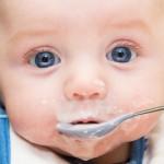 Чем прикармливать малыша в первые месяцы