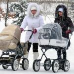 Какая коляска будет более подходящей для зимы?